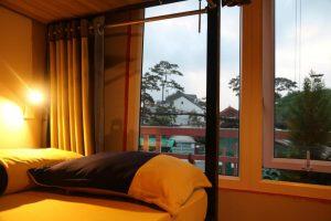 Phòng Gường Tầng Ngủ Tập Thể Của Nam – Giá chỉ từ 89.000vnd